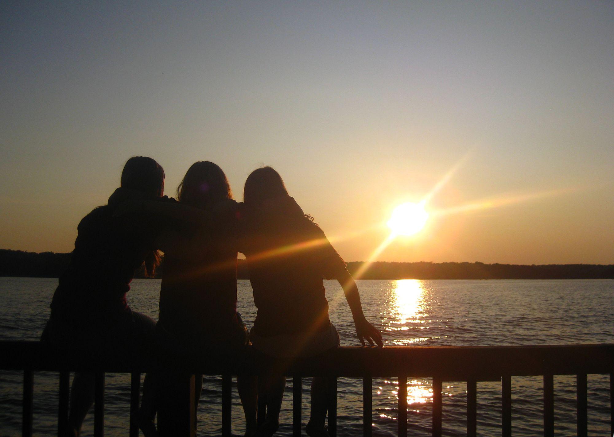 Sandra, Jenna, Natalie